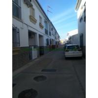 GREAT TOWNHOUSE IN A QUIET STREET IN VILLANUEVA DE TAPIA