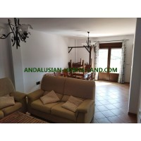 LARGE HOUSE WITH 3 BEDROOMS AND TWO GARAGES